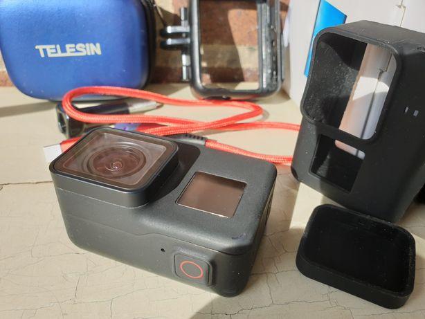 GoPro 7 Black kamerka sportowa baterie akcesoria gwarancja