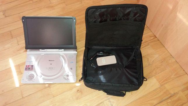 Przenośny odtwarzacz DVD, torba, pilot, zasilacz samochodowy