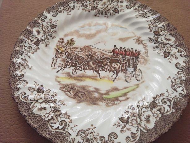 Pratos  decorativos antigos