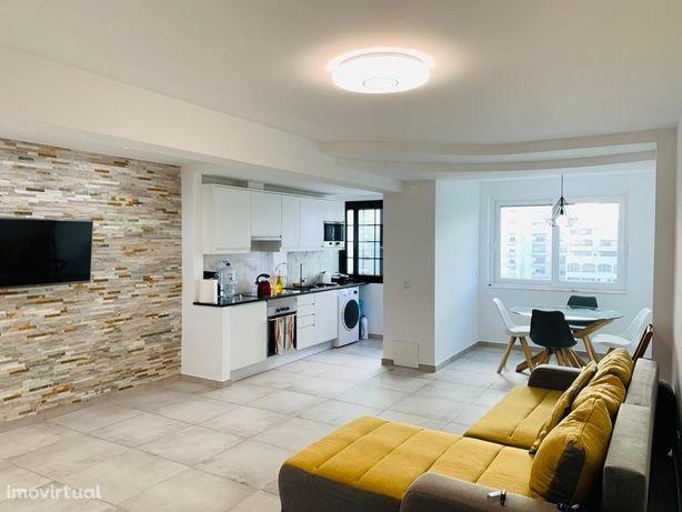 Apartamento T2 c/garagem – Quarteira