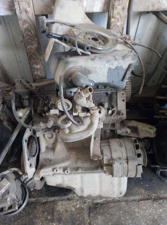 Двигатель Fiat Uno 1.1 3FI0 7712265