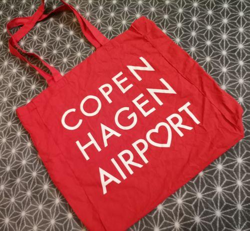 Torba materiałowa na zakupy czerwona Airport Lotnisko Kopenhaga
