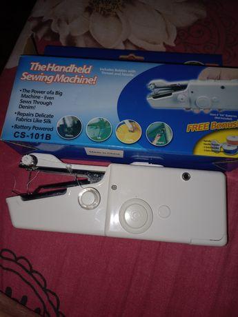 Портативная швейная машинка на пальчиковых батарейках