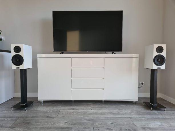 Biała nowoczesna lakierowana komoda 165cm