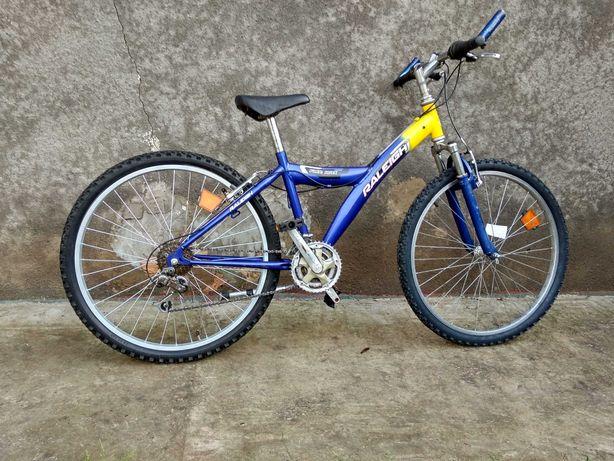 Велосипед Raleighi горний на амортизаторі