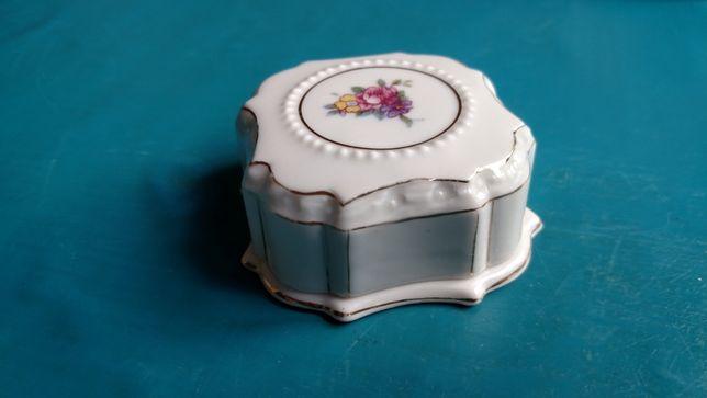 Пудреница фарфор шкатулка коробочка СССР