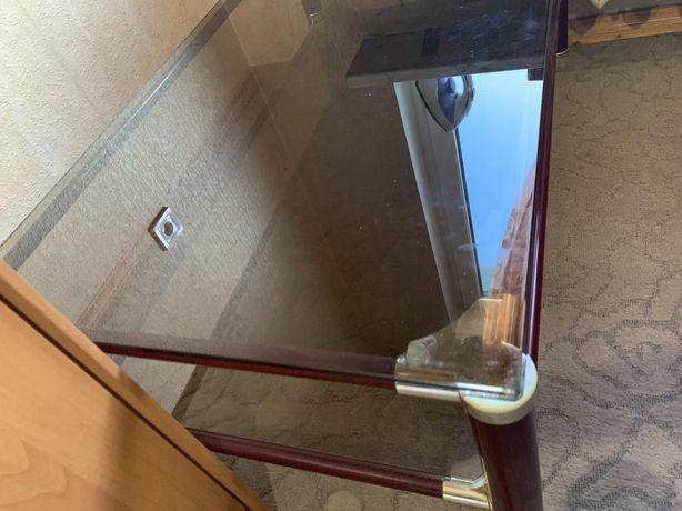 Продам стол стеклянный