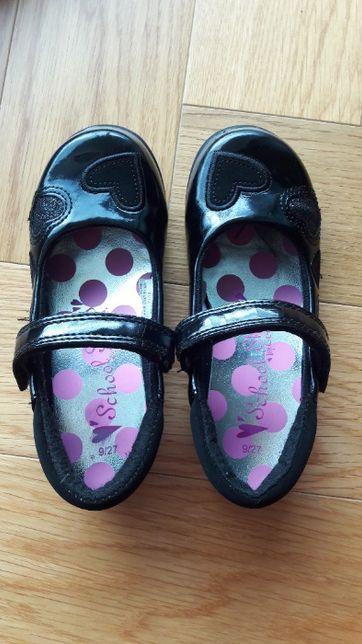 baleriny czarne lakierowane sandały 27 jak nowe