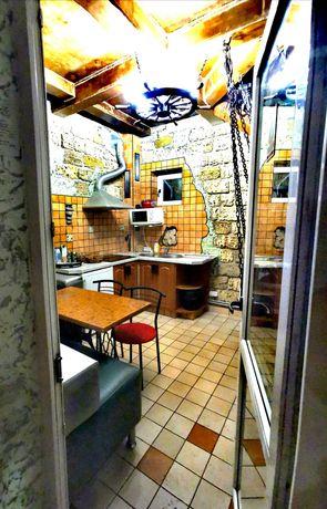 Посуточно Квартира №6, Приморский, 3 комнаты, кухня бар принадлежности