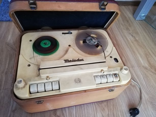 Magnetofon Melodia