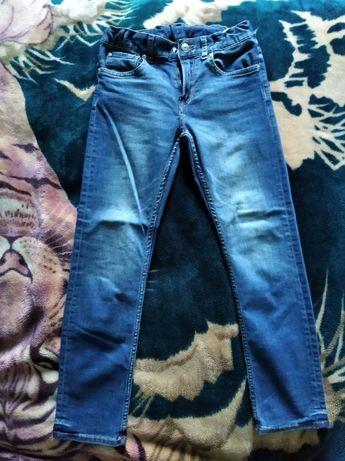Джинсы H&M 9-10Y 140 см в идеальном состоянии