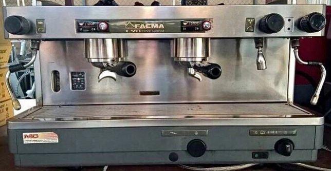 Кавова машина Фаема, кавомашина,  кофеварка Faema E98 President