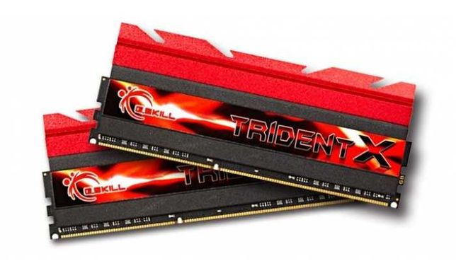 G. SKILL Tridente X 16GB Kit (8GBx2) DDR3 2400MHz  F3-2400C10D-16GTX