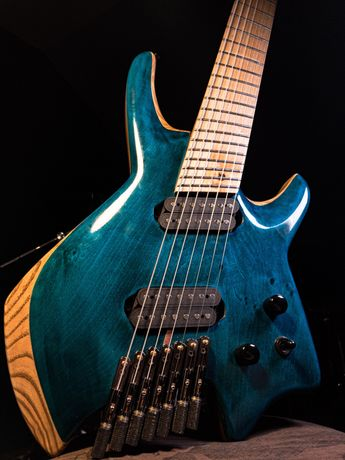 Gitara elektryczna, headless, 7 strun, multiskala