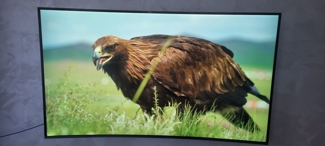 Телевизор SAMSUNG UE55KU6500U с изогнутым экраном