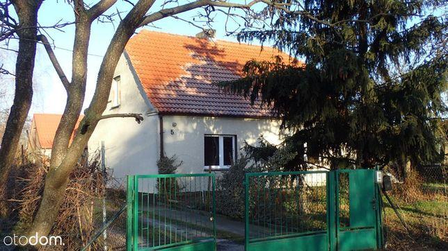 Wolnostojący z ogrodem 4 pokoje
