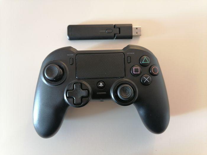 Pad / kontroler PS4 Nacon Przegędza - image 1