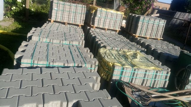 Kostka Domino Tetka wys. 8cm nowa na paletach 20 palet ok. 170m2