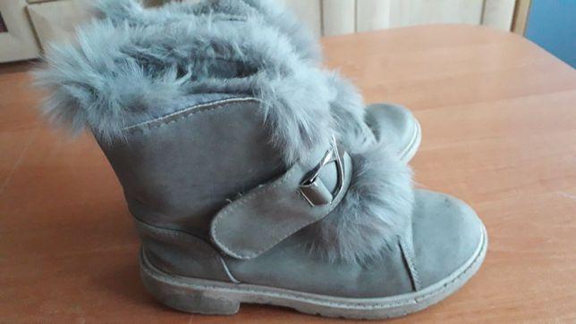 Buty zimowe dla dziewczynki rozm.34