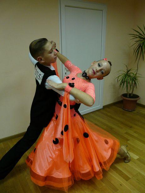 Продам платье стандарт St для бальных танцев,танцевальное,бальное