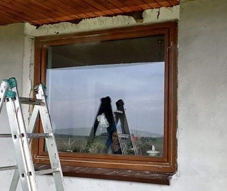 Okna PCV dwuszybowe.  Po demontażu.