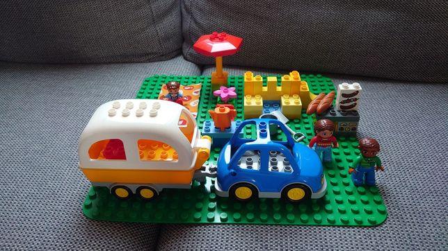 Lego Duplo (10602) - kemping. Przyczepa kempingowa