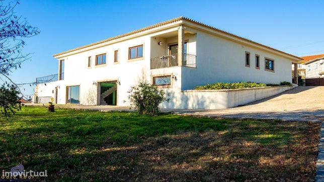 OFERTA ESCRITURAS - Moradia T4 isolada c/ piscina, Figueiró, Amarante