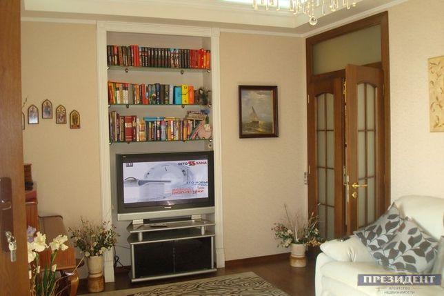 1155(24149код18)3-ком. Роскошная квартира на Черемушках с 2 балконами