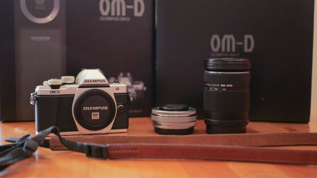 Olympus e-m10  mark II + obiektyw 14-42mm i 40-150mm + pasek skóra