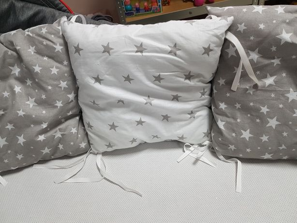 Nowa pościel do łóżeczka z ochraniaczami modułowymi
