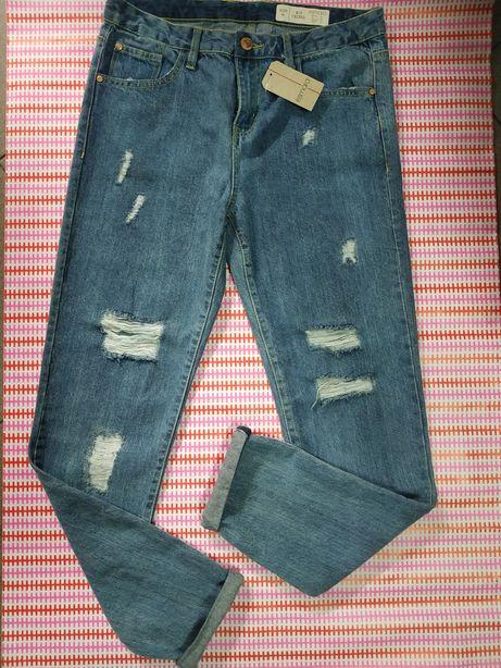 Клёвые бойфренды джинсы р.44