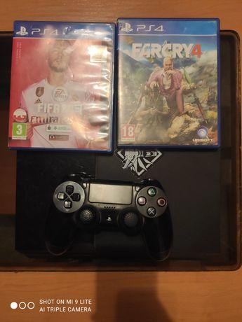 PlayStation 4.. .
