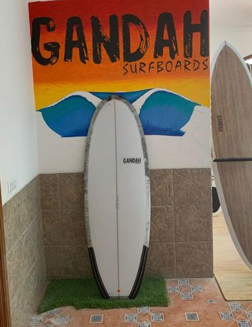 Prancha Gandah Surfboards Mini simmons