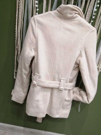 Płaszcz ecru S bardzo ciepły