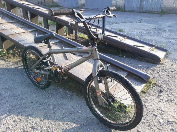 Велосипед Bmx,Бмх,Bike B'TWIN WIPE 320