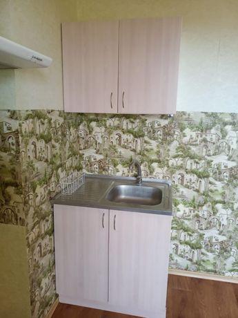 Кухонный комплект: мойка и три шкафа