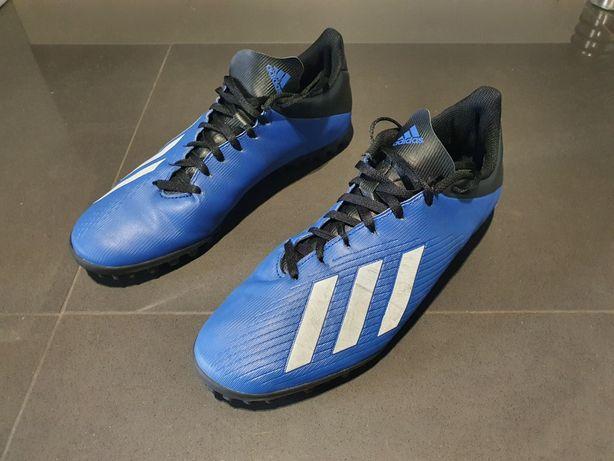 Buty do piłki Adidas - orlik. Rozmiar nogi 43 a but jest 45.