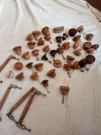 Uchwyty z drewna  do mebli prl