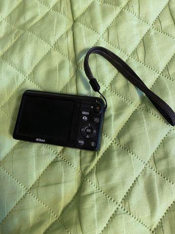 Aparat fotograficzny Nikon coolpix 16. Megapixs wide zoom