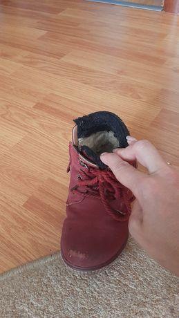 Продам детс ботинки