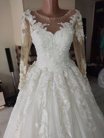 Красивенное свадебное платье