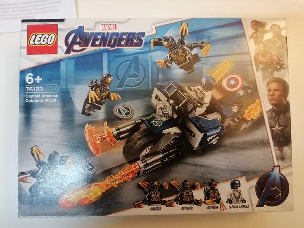 LEGO 76123 Super Heroes Avengers - Kapitan Ameryka: Atak Outriderów