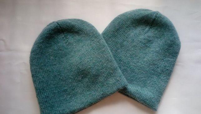 Двухслойная шапка спицами.