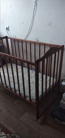 Детская деревянная кроватка- колыбель