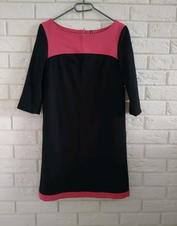 Sukienka różowo-czarna prosta S