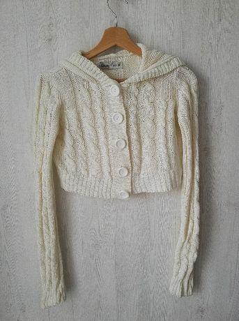 House Kremowy krótki sweterek