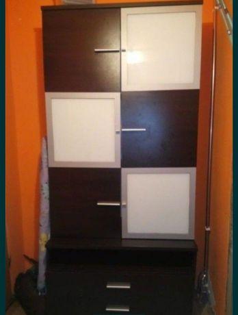 Szafa do pokoju, pojemna półki i szuflady