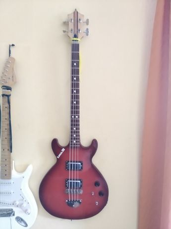 Gitara basowa polska Defil model Luna 22