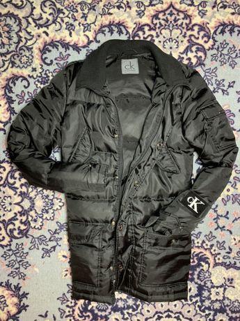 Продам оригінальну курточку Calvin Klein
