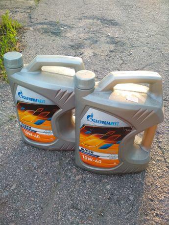 Продам масло Газпромнефть 10W40 5л. 2 канистры